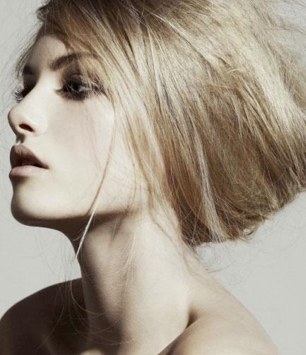 Emma Maclaren: Tuổi 18 quyến rũ - 1