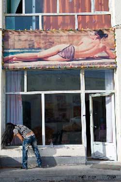 Cận cảnh gái mại dâm Mông Cổ - 9
