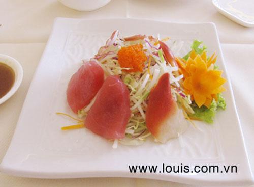 Thưởng thức sashimi tại nhà hàng Louis - 4