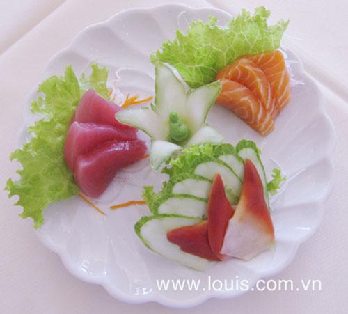 Thưởng thức sashimi tại nhà hàng Louis - 6