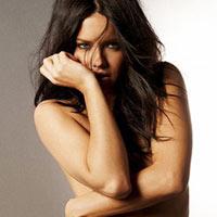 Ngắm siêu mẫu Adriana Lima khêu gợi với nội y