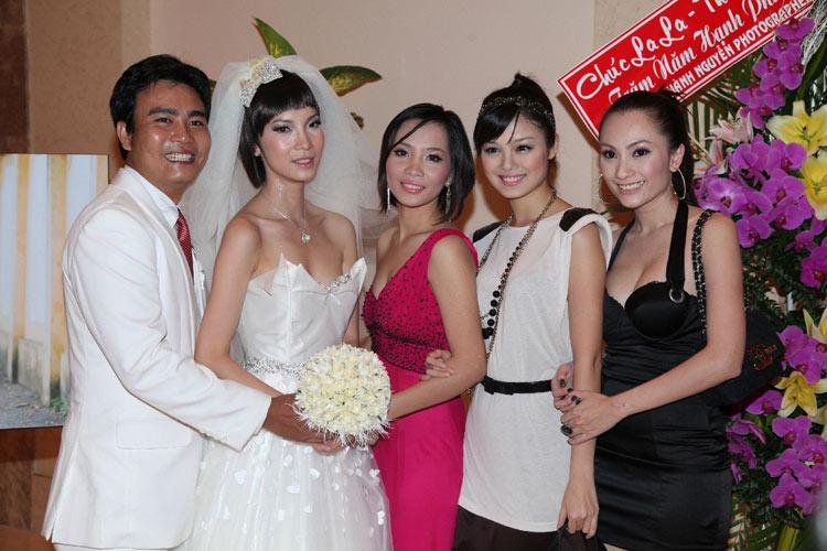 Siêu mẫu Xuân Lan hạnh phúc trong ngày cưới! - 14