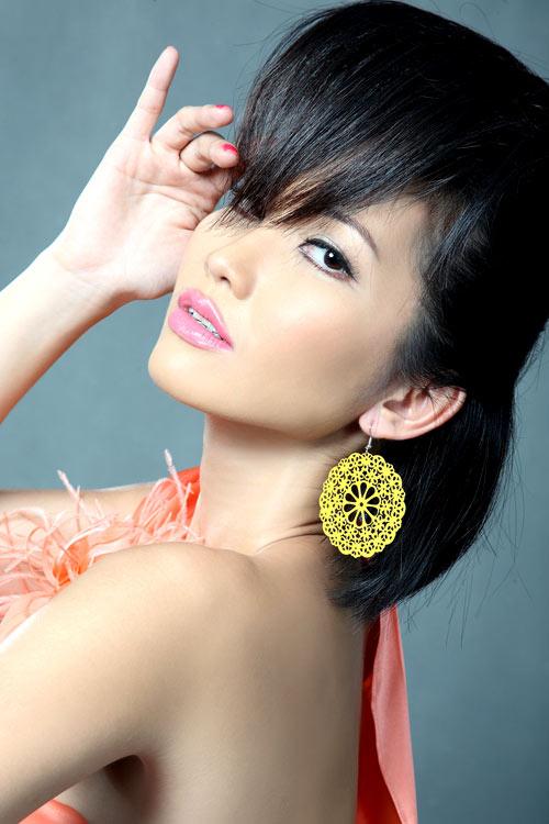 3 kiểu tóc mùa đi tiệc của diễn viên Kim Hiền! - 4