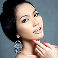 3 kiểu tóc mùa đi tiệc của diễn viên Kim Hiền!