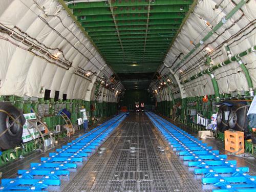 Chiếc máy bay nặng nhất thế giới - 2