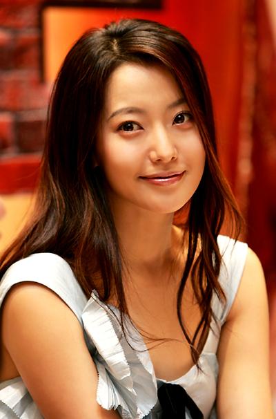 """Kim Hee Sun: """"Gái một con trông mòn con mắt"""" - 3"""