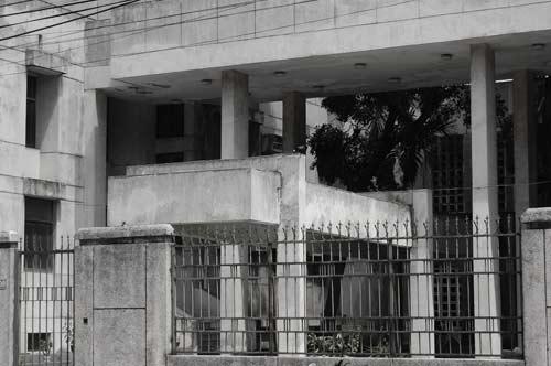 """Hé lộ bí ẩn """"Ngôi nhà ma"""" ở Kim Mã - 4"""