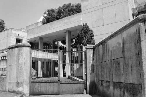 """Hé lộ bí ẩn """"Ngôi nhà ma"""" ở Kim Mã - 11"""