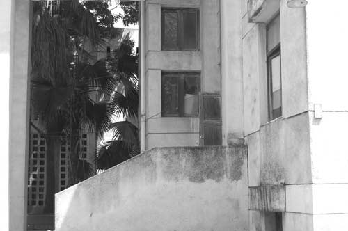 """Hé lộ bí ẩn """"Ngôi nhà ma"""" ở Kim Mã - 13"""