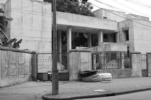 """Hé lộ bí ẩn """"Ngôi nhà ma"""" ở Kim Mã - 6"""