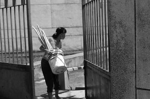 """Hé lộ bí ẩn """"Ngôi nhà ma"""" ở Kim Mã - 15"""