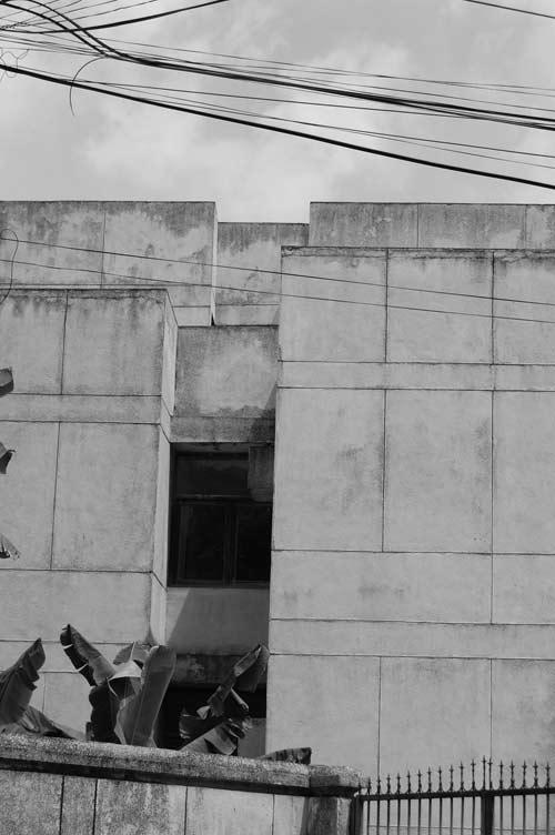 """Hé lộ bí ẩn """"Ngôi nhà ma"""" ở Kim Mã - 14"""