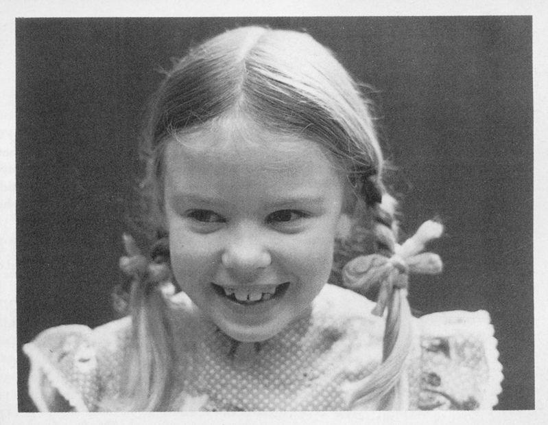 """Kylie Minogue: Nghệ sĩ đa tài """"trẻ mãi không già"""" - 2"""