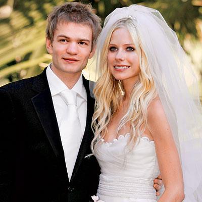 Avril Lavigne bỏ chồng không báo trước - 6