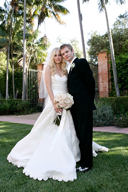 Avril Lavigne bỏ chồng không báo trước - 7