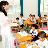 Giáo viên mầm non dạy… tiểu học