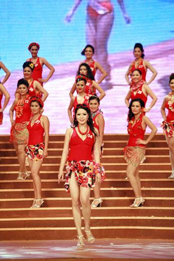 Hoàng Thị Yến bất ngờ đăng quang Hoa hậu quý bà - 3