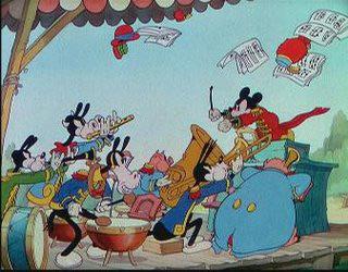 Video: Những khoảnh khắc vàng của chuột Mickey - 14