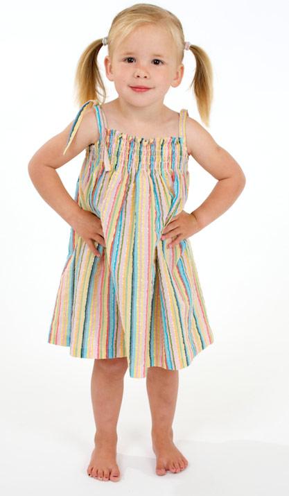 Clip: May váy xinh cho bé gái - 2