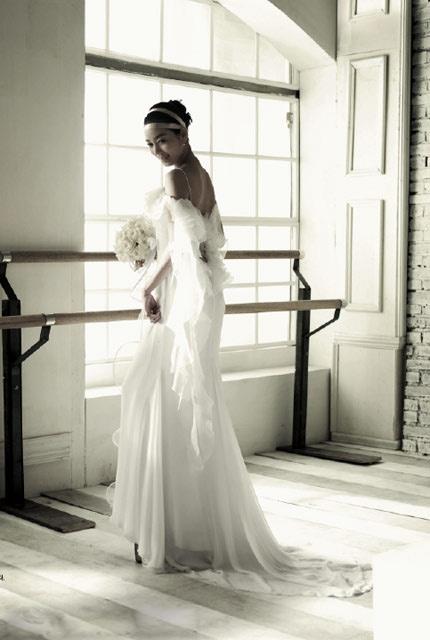 Quyến rũ hơn nhờ váy cưới Hàn Quốc - 4