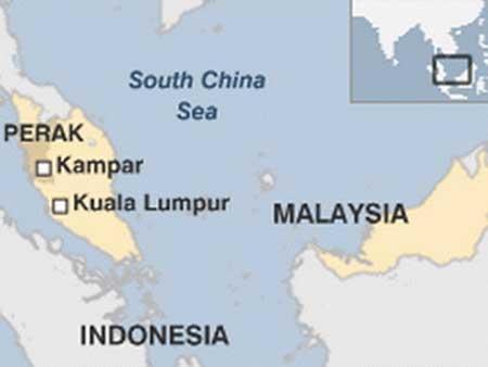 Malaysia: 21 học sinh mất tích vì sập cầu - 1