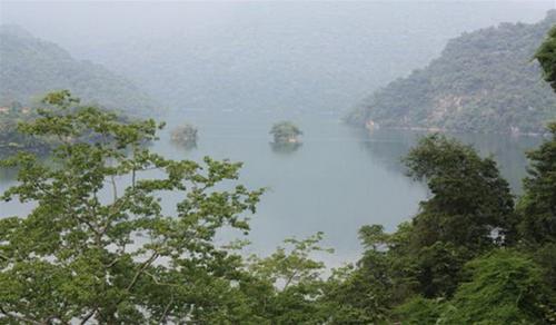 Thăm hồ Ba Bể - 1