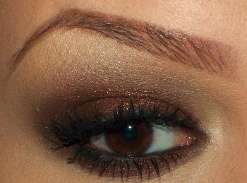 5 cách trang điểm mắt với phấn nhũ - 2