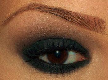 5 cách trang điểm mắt với phấn nhũ - 3