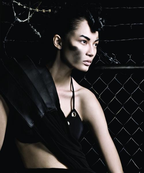 Siêu mẫu Bảo Hòa xuất hiện trên Elle Mỹ - 5