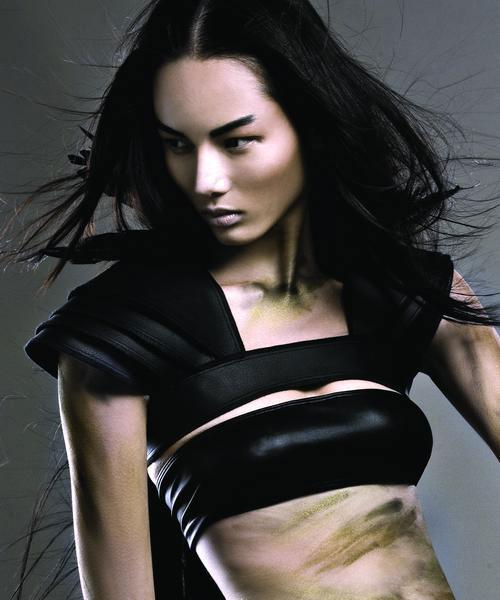 Siêu mẫu Bảo Hòa xuất hiện trên Elle Mỹ - 9