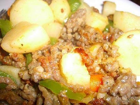 Khoai tây xào thịt băm - 2