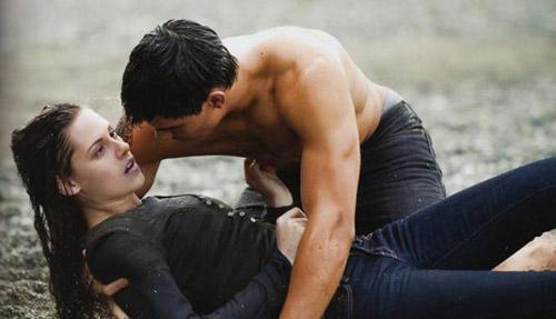 """Người sói """"thèm"""" hôn Ma cà rồng - 6"""