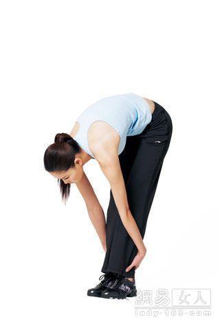 4 tư thế Yoga cho vòng 1 gợi cảm - 5