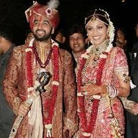Đám cưới xa hoa của sao Ấn