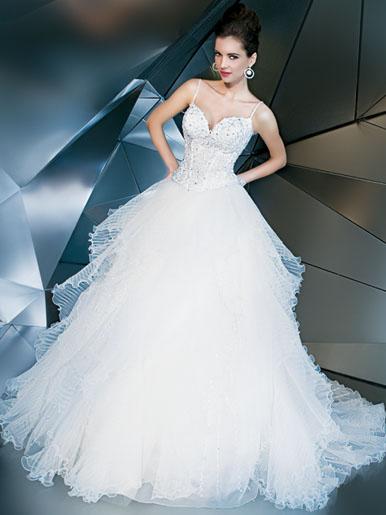 Những lớp váy cưới mộng mơ - 4