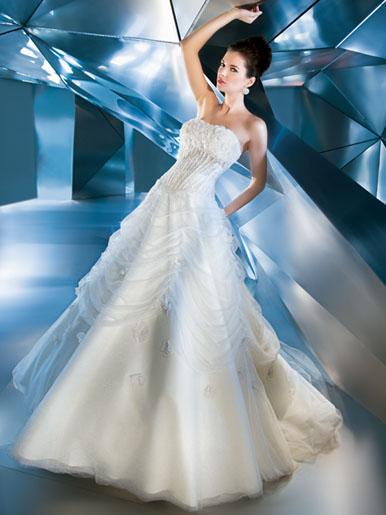 Những lớp váy cưới mộng mơ - 2