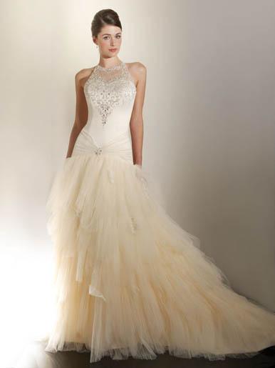 Những lớp váy cưới mộng mơ - 7