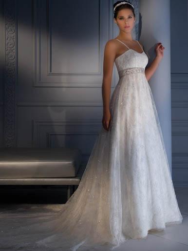 Những lớp váy cưới mộng mơ - 15