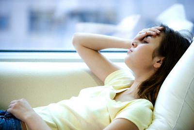 Chữa bệnh không dùng thuốc: Trị chứng đau đầu - 1