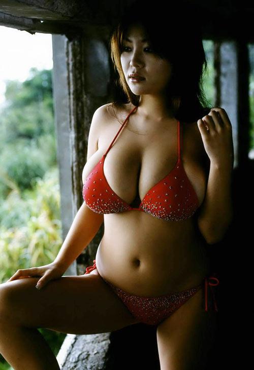 """Yoko Matsugane, """"quả bom tấn"""" của xứ Phù Tang - 15"""