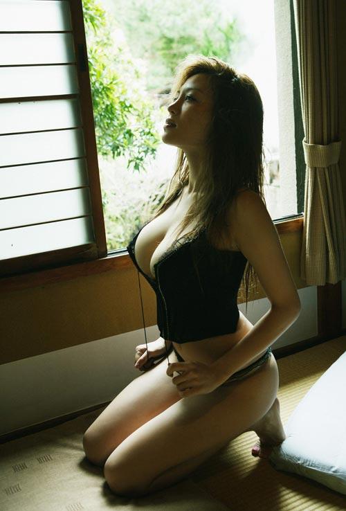 """Yoko Matsugane, """"quả bom tấn"""" của xứ Phù Tang - 11"""
