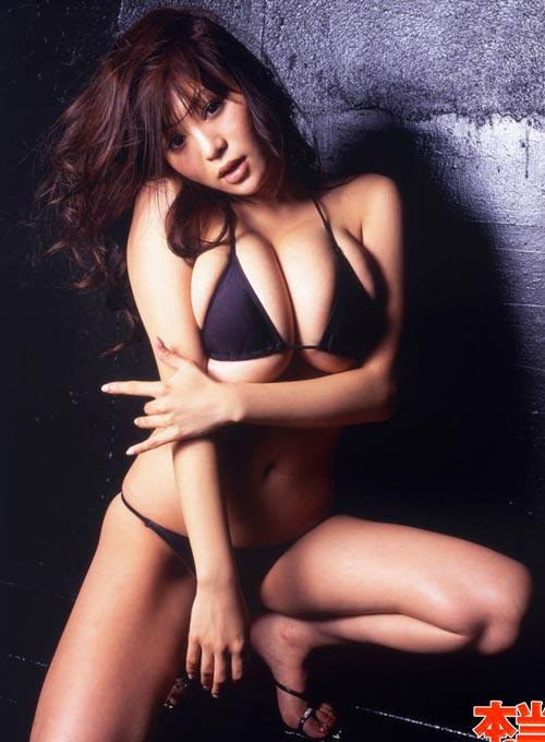 """Yoko Matsugane, """"quả bom tấn"""" của xứ Phù Tang - 8"""