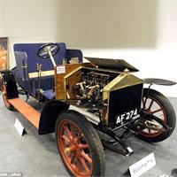 Bán đấu giá xe Rolls-Royce hơn 100 năm tuổi