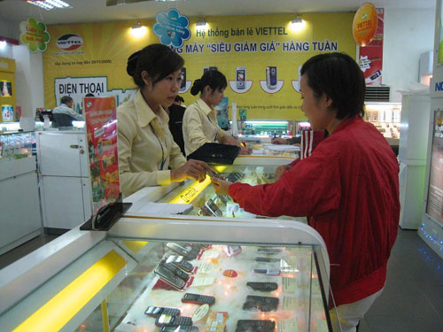 """Mua điện thoại tại Viettel: """"Phá"""" kho quà hơn 1 tỉ đồng - 4"""