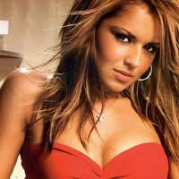 Video: Cheryl Cole khoe hình xăm