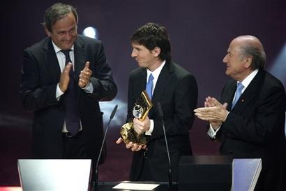 Lễ trao giải của FIFA: Messi lập cú đúp (kèm video và ảnh) - 4