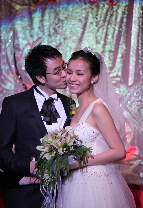 Toàn cảnh đám cưới Hoa hậu Thùy Lâm - 17