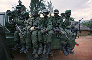 """Video + Ảnh """"nóng"""" nhất vụ thảm sát các cầu thủ Togo tại CAN 2010 - 6"""