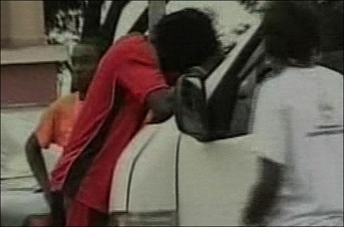 """Video + Ảnh """"nóng"""" nhất vụ thảm sát các cầu thủ Togo tại CAN 2010 - 3"""