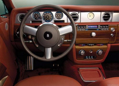 Bentley và Rolls-Royce – Cuộc đua của những hãng xe siêu sang - 5